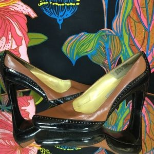VINTAGE BELLINI / Tan and black square toe pump
